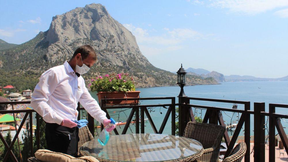 В отелях Крыма за сезон не зафиксировали вспышек заболевания коронавирусом