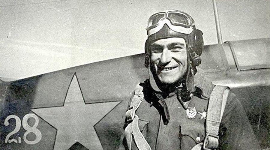 Мероприятия к 100-летию со дня рождения летчика-аса Амет-Хана Султана начались в Алупке