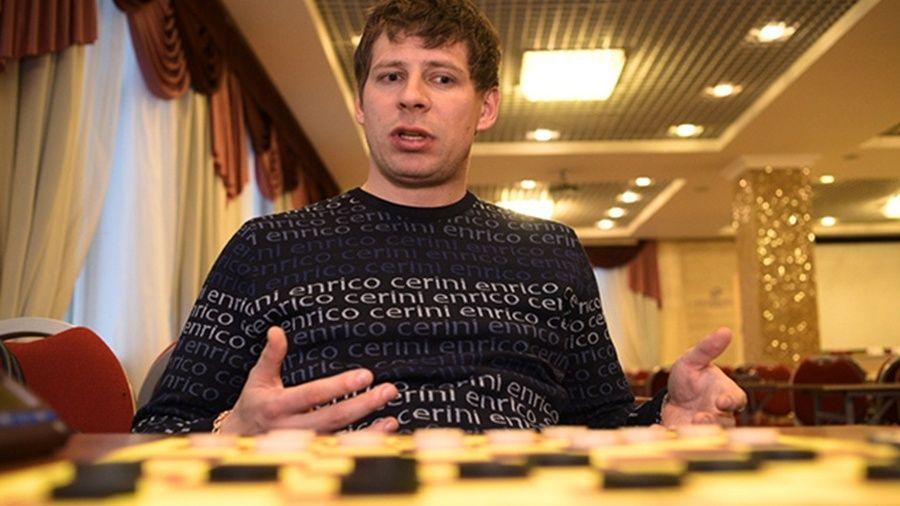 Евпаториец Сергей Белошеев завоевал уже две медали на чемпионате мира по шашкам-64