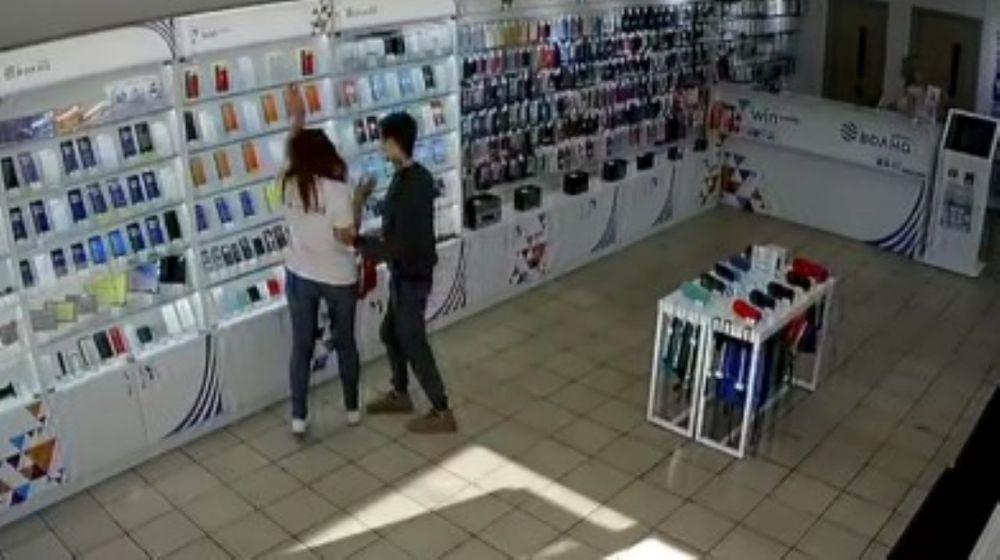 В Керчи инспектор-кинолог задержал вооруженного преступника