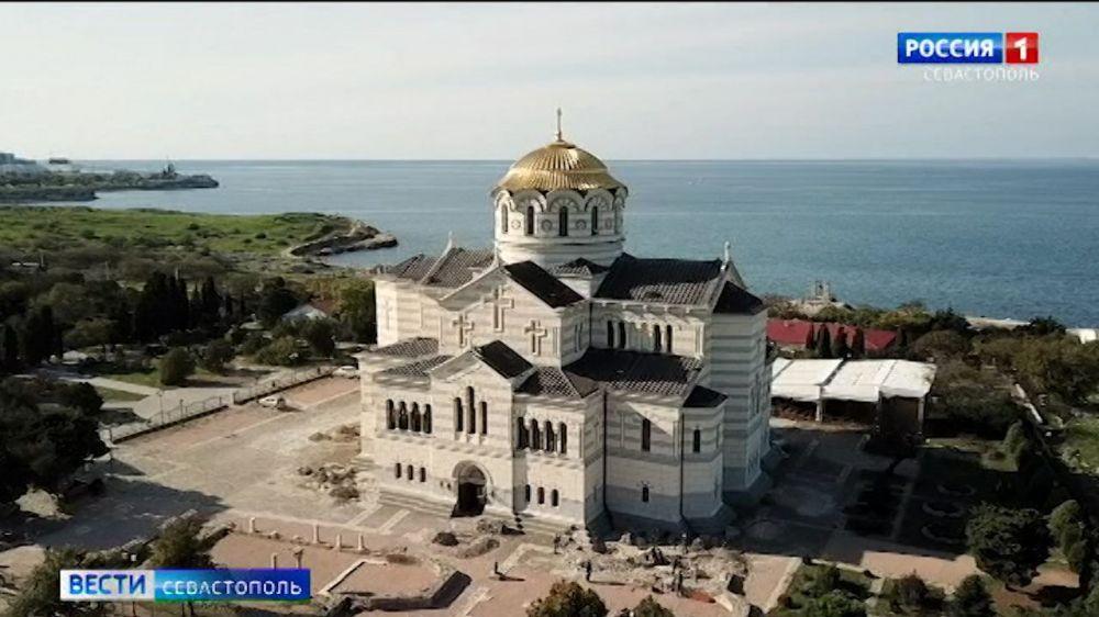 У стен Владимирского собора в Херсонесе обнаружили древнее кладбище
