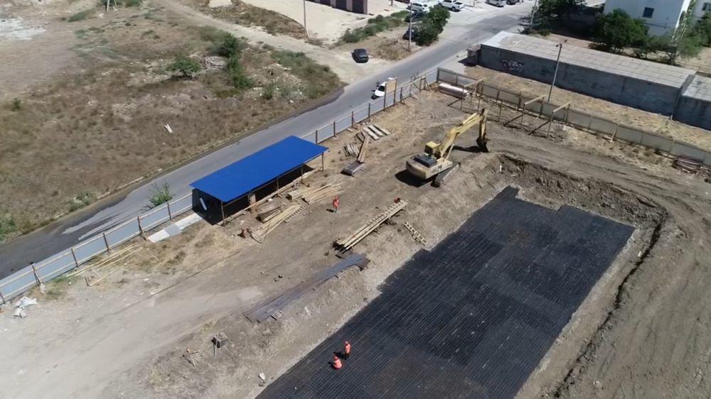 Продолжается строительство 48-квартирного дома для жителей Нижней Цементной Слободки