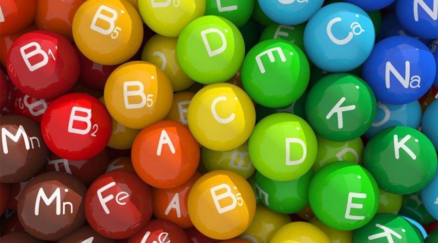 Продажи витаминов за время пандемии почти вдвое подскочили в России