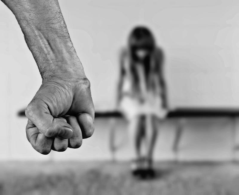 Севастопольский суд решит судьбу надругавшегося над дочкой сожительницы педофила