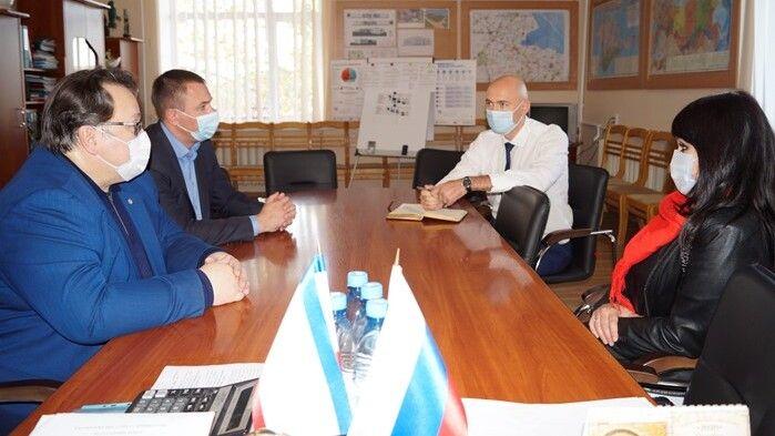 Владимир Трегуб встретился с председателем Госкомархива Республики Крым Олегом Лобовым