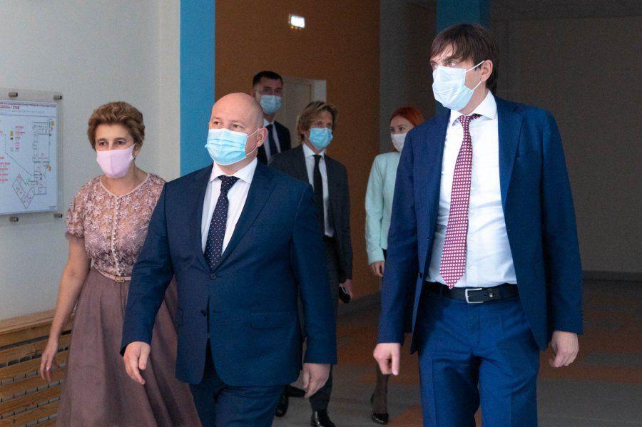Губернатор Севастополя и Министр просвещения РФ обсудили перспективы севастопольского образования