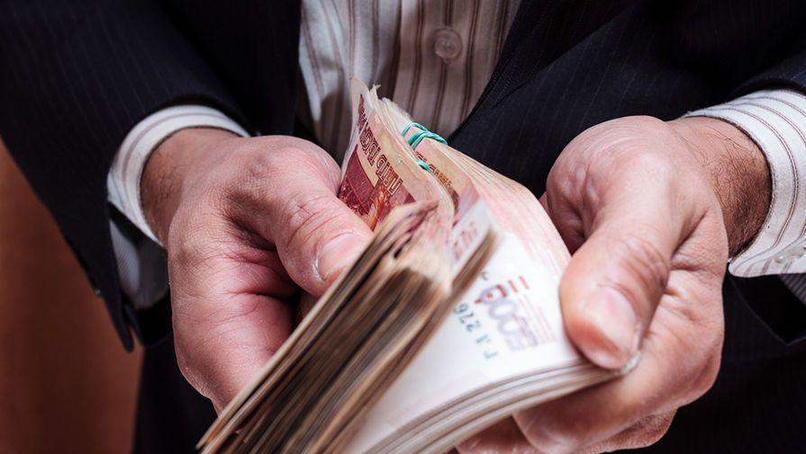 В Севастополе с должника взыскали почти миллионный долг по алиментам