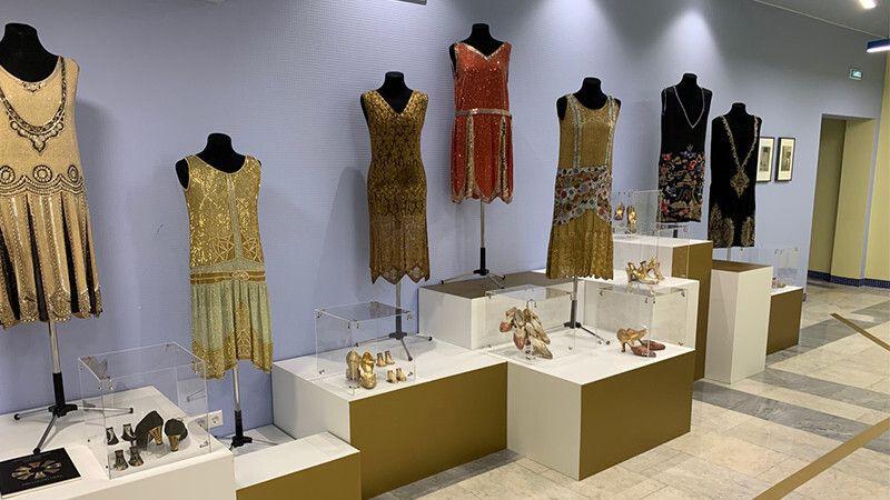 Выставка московского коллекционера экспонируется в Центральной библиотеке Крыма