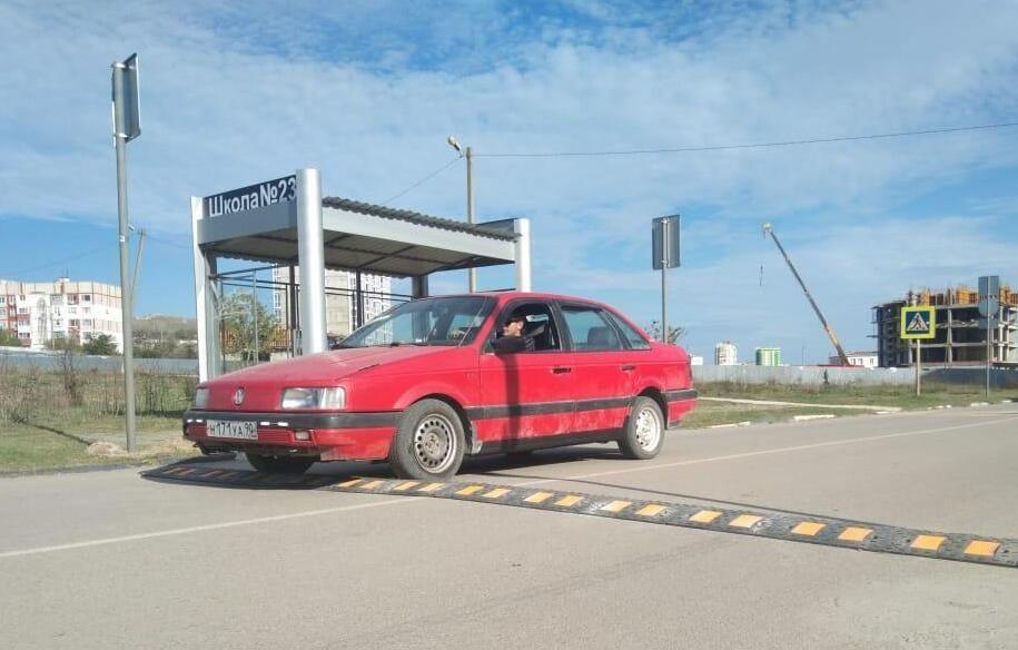 Керчь уставят дорожными знаками и «лежачими полицейскими»