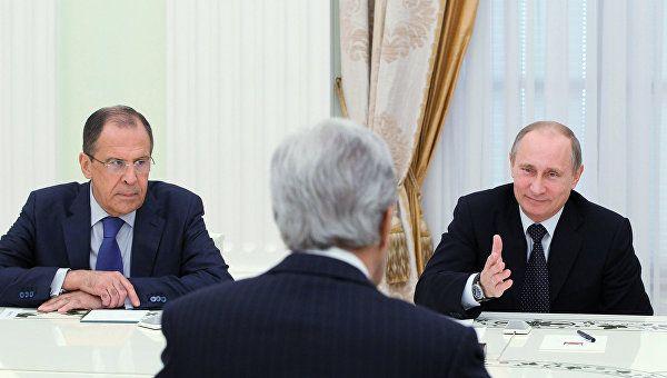 Лаврову в России доверяют больше, чем Жириновскому - результаты опроса