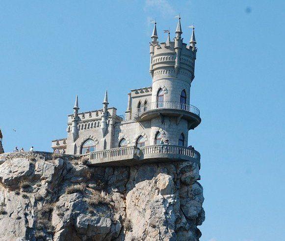 В Крыму завершают реставрацию 100 объектов культурного наследия одновременно