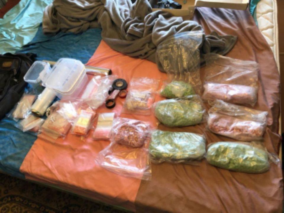 В Крыму полицейские в ходе спецоперации изъяли пять килограммов наркотиков