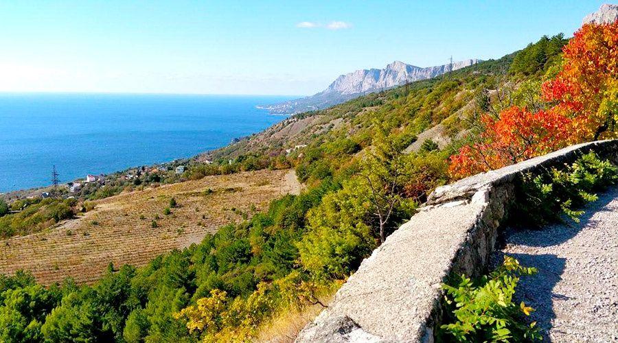Среднесуточная температура воздуха в Крыму превышает норму в октябре