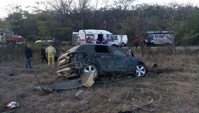 ДТП в восточном Крыму: Audiпротив дерева – фото