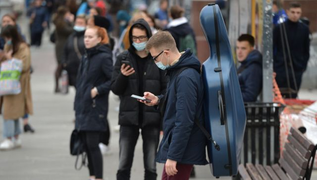 Число заболевшихCOVIDза сутки в России снова больше 17 тысяч