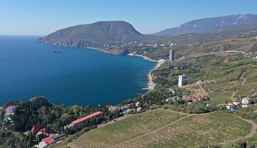 В Крыму подвели итоги сезона и обсудили развитие туротрасли