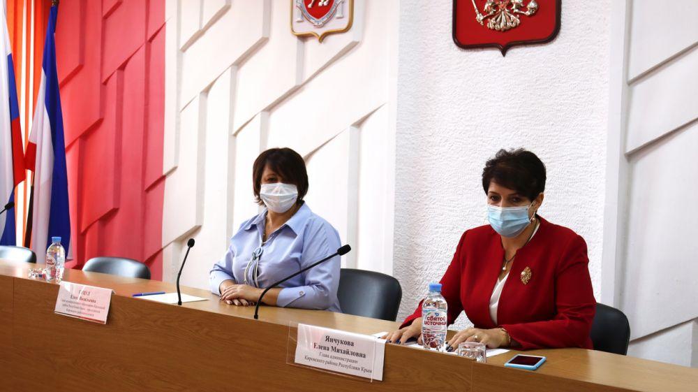 В администрации Кировского района прошло еженедельное аппаратное совещание