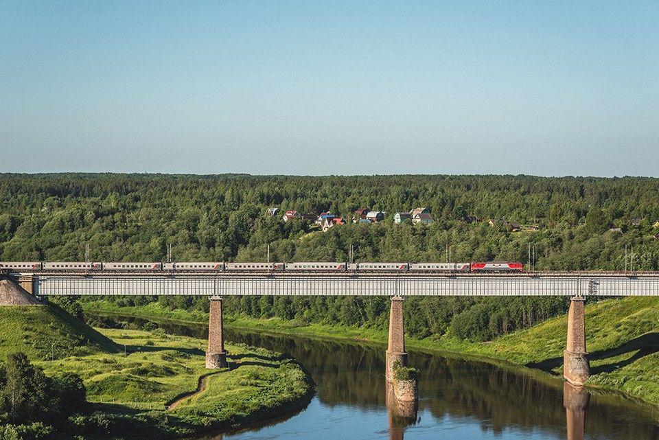 В декабре поезда из Астрахани начнут ходить в Крым