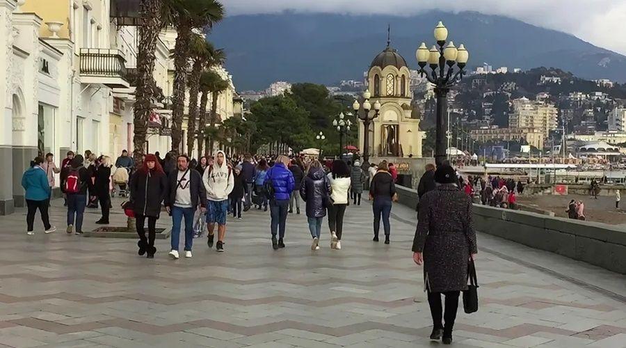 Число туристов в Крыму в сентябре-октябре возросло более чем на треть