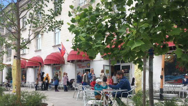 Кафе, бары и рестораны: в Севастополе ужесточили антиковидные меры