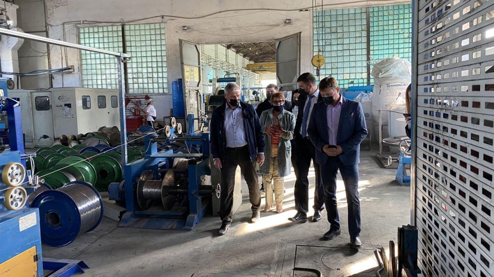 Александр Трянов провел выездные встречи с руководителями предприятий промышленного комплекса республики