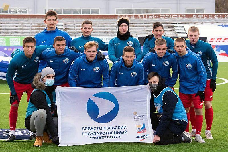 Сборная СевГУ выигрывает екатеринбургский этап и чемпионат НСФЛ