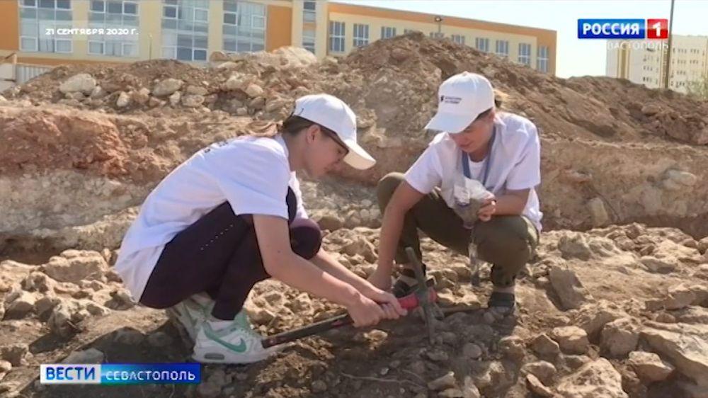 Волонтеры СевГУ отправятся в археологическую экспедицию