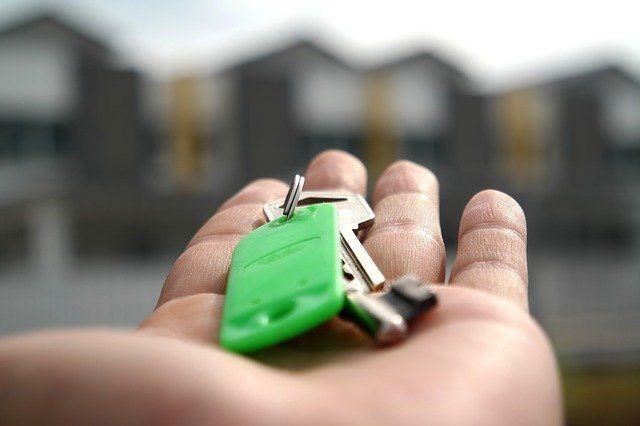 Все граждане, кто уже находятся в процессе сделки по «жилищным сертификатам», получат средства, — Аксёнов