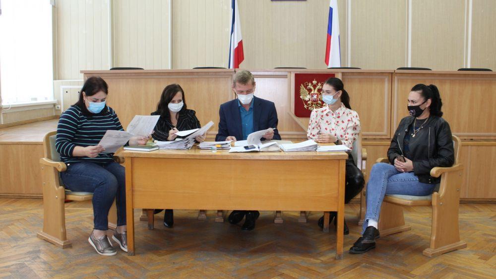 Руководитель аппарата администрации провел заседание административной комиссии Симферопольского района