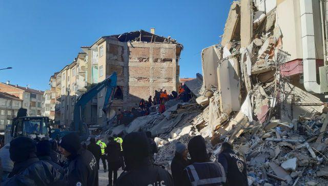 Мощное землетрясение произошло в Турции и Греции