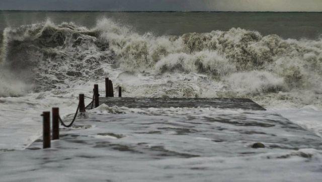 В ближайшие сутки Крыму обещают сильные дожди и ветер