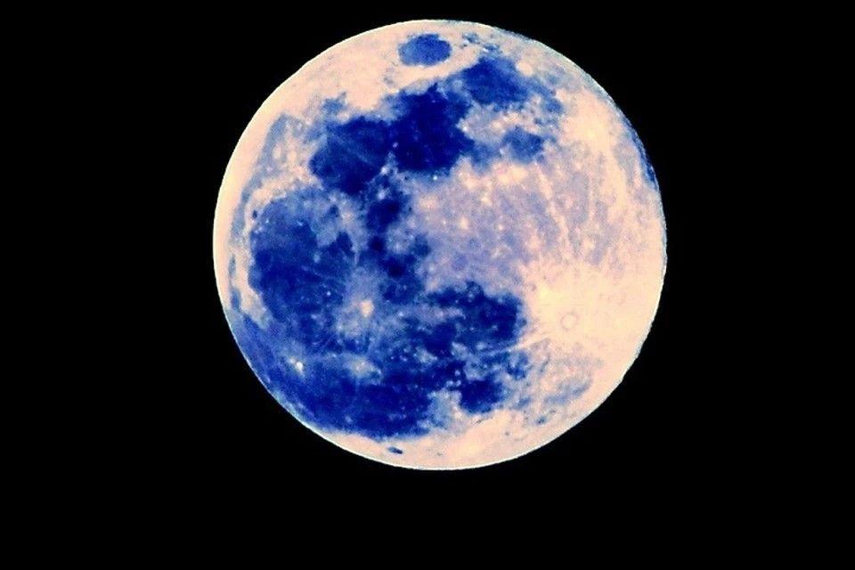 Желания лучше не загадывать: Стоит ли бояться «голубой Луны» на Хеллоуин