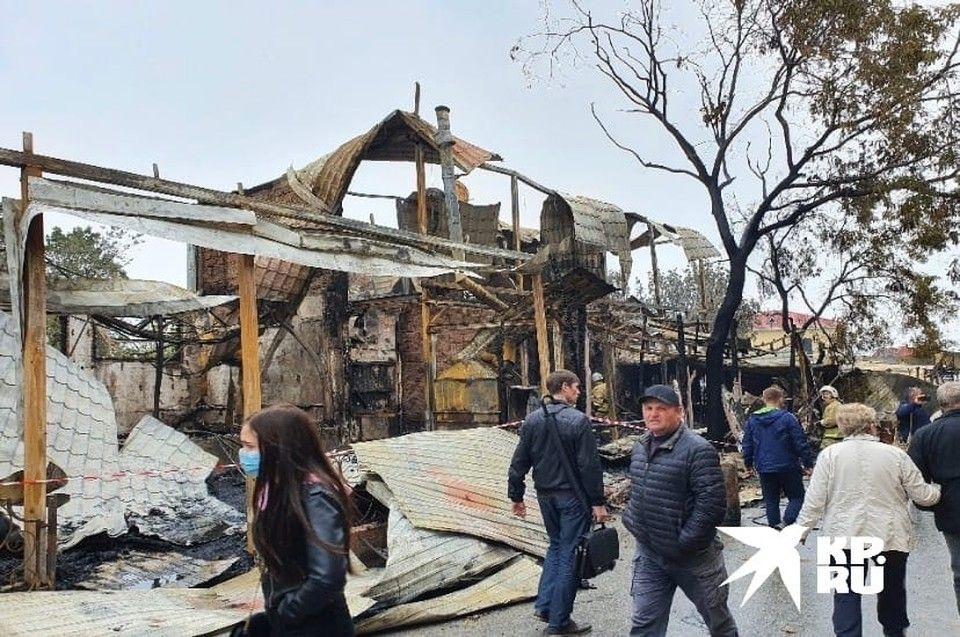 Фото пожара на побережье Феодосии