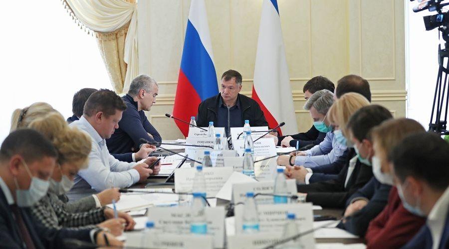 Хуснуллин не собирается пугать и увольнять крымских чиновников