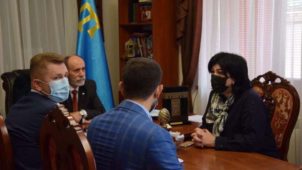 В Симферополе обсудили передачу культовых сооружений религиозным организациям