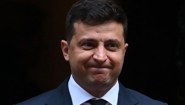Зеленский обратился к Донбассу на русском и не нашел нужного слова