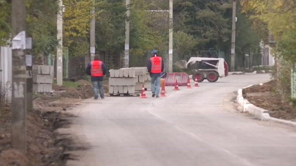 В Севастополе до конца года отремонтируют более 90 километров дорог