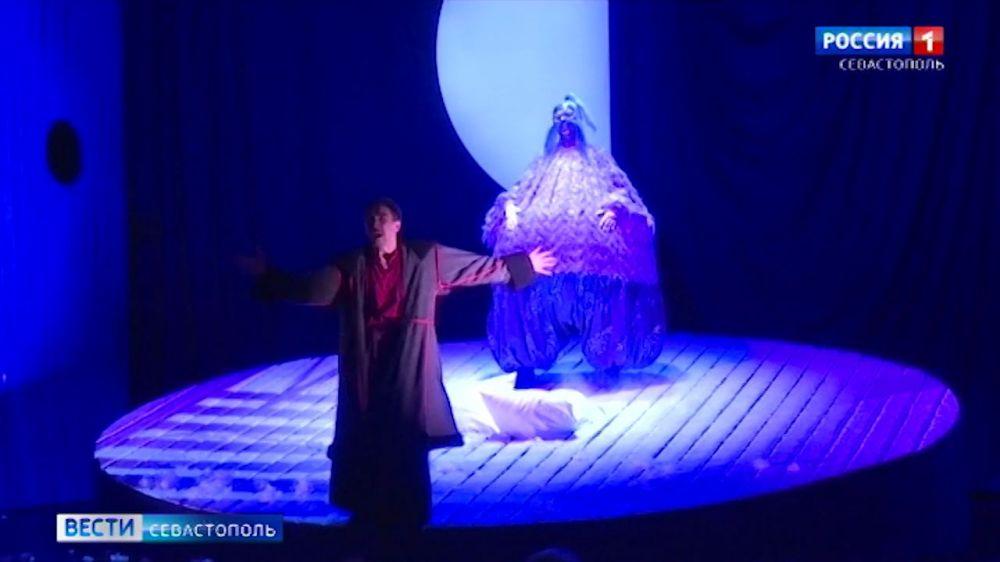 В Севастопольском ТЮЗе готовят рождественскую премьеру