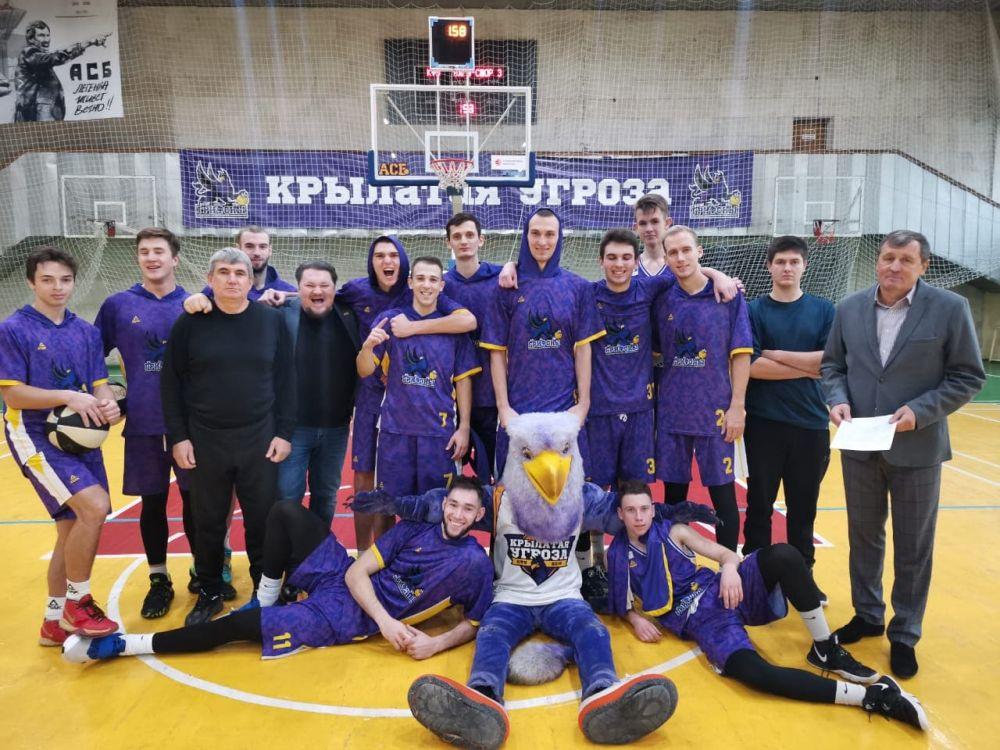 Крымские баскетболисты разгромили команду из Ижевска