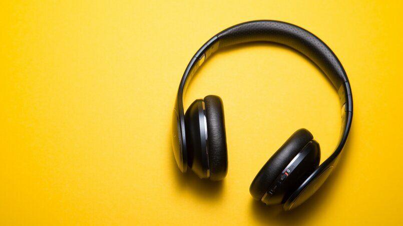 Прослушивание музыки в онлайн режиме: какие преимущества таких сервисов?