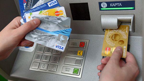 Симферопольцу грозит шесть лет тюрьмы за оплату покупок чужими картами
