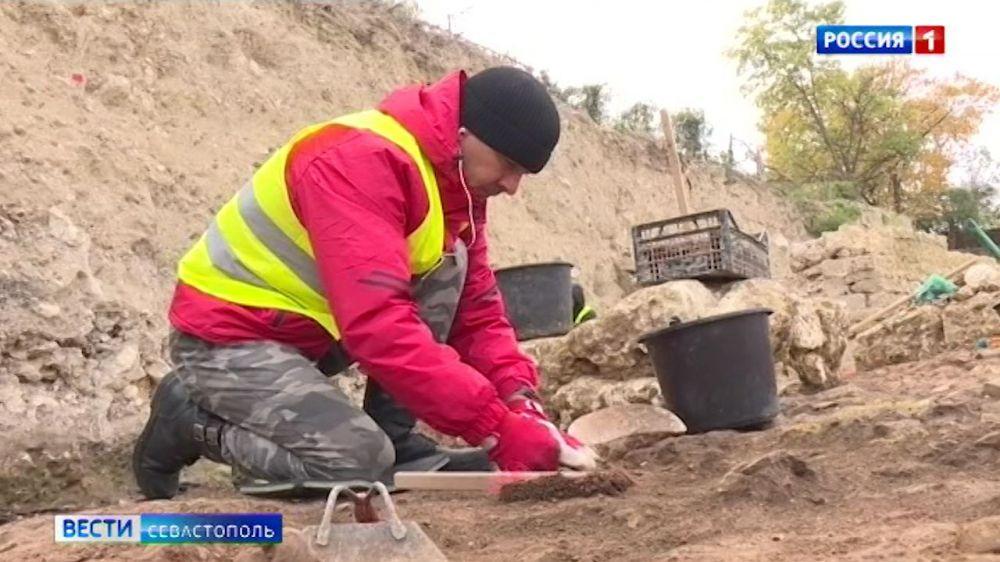 Археологи завершат раскопки на мысе Хрустальном в Севастополе в декабре