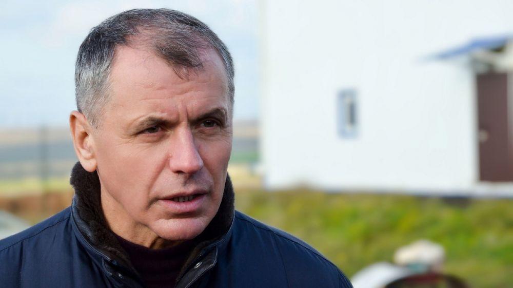 Владимир Константинов осмотрел ряд социально-значимых объектов в Черноморском районе