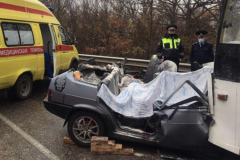 Четыре человека погибли в ДТП с троллейбусом в районе Ангарского перевала