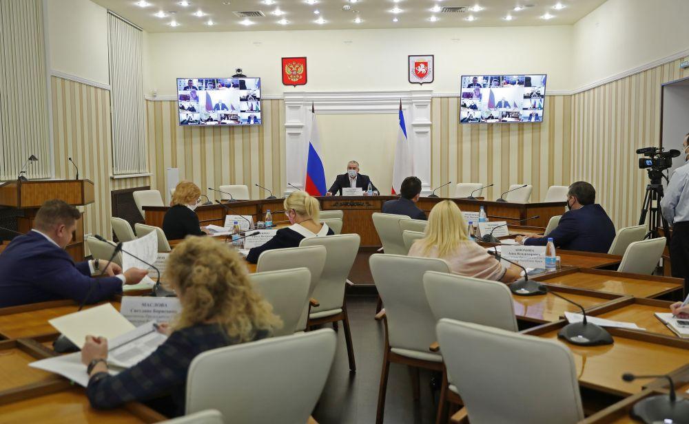 В Крыму обсудили освоение выделенных средств из бюджета Москвы
