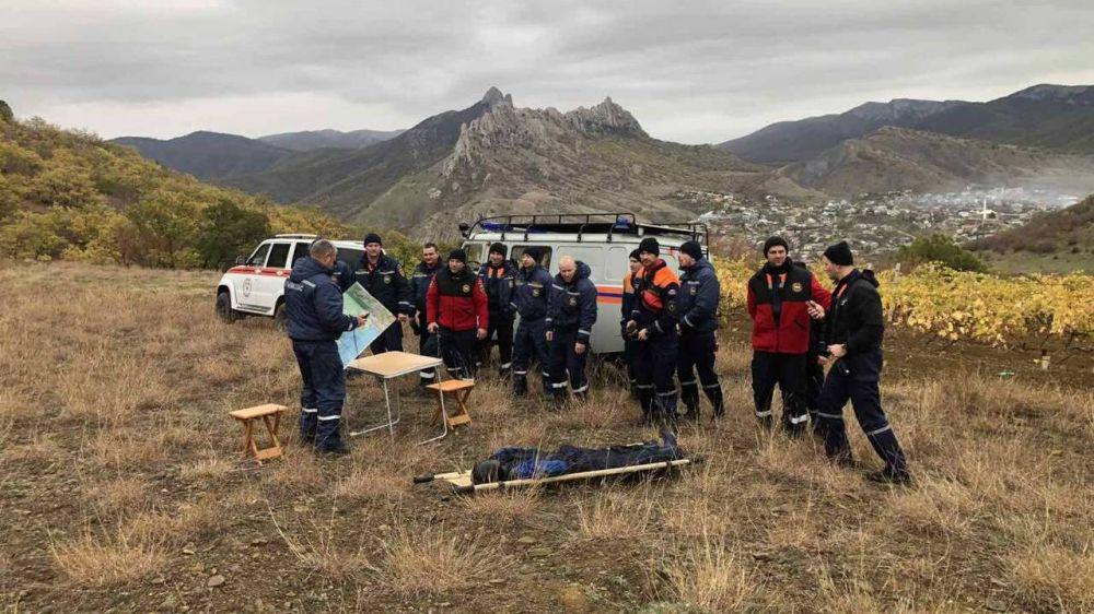 Спасатели Судакского АСО провели учебно-тренировочное занятие