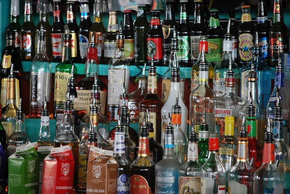 В России могут запретить продажу алкогольных напитков в первые дни нового года
