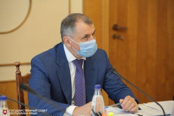 Владимир Константинов: На крымском рынке труда наблюдается определенный дисбаланс