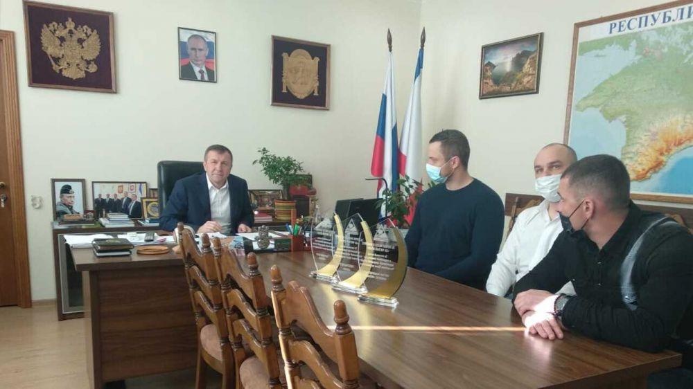 Геннадий Нараев наградил победителей конкурса «ЗА ЧИСТЫЙ КРЫМ»