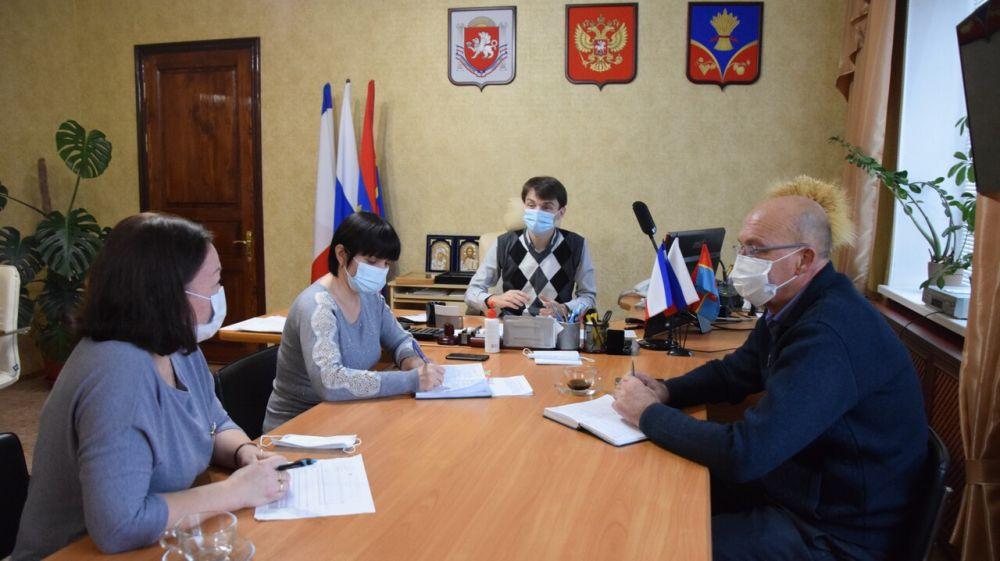Роман Шантаев продолжает встречи с директорами школ Красногвардейского района
